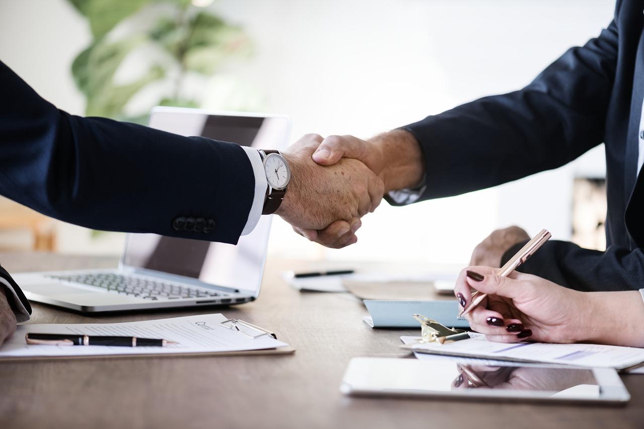 Økonomisk rådgivning til små og mellemstore virksomheder